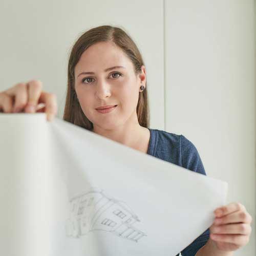 Lux Bau Mitarbeiterin Inka Scheuermann